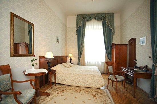 Ostoya Palace Hotel : Guest room