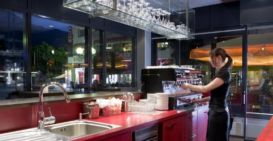Visp, Zwitserland: Bar/Lounge