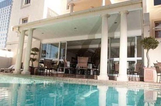 The Capital Villa: Pool