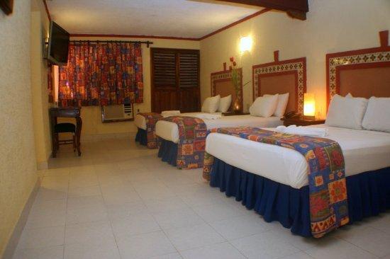 Suites Cancun Centro : Guest room