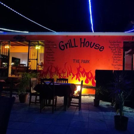 Grill House The Park, Playa Grande