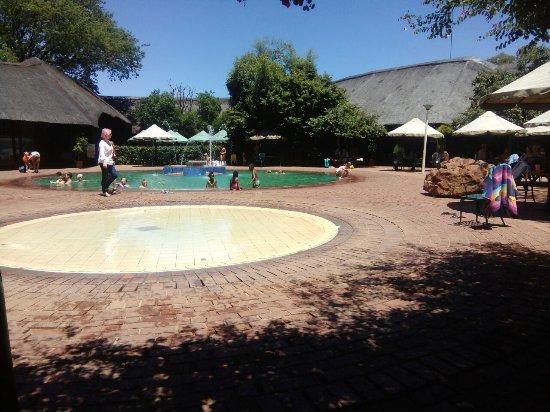 Golden Leopard Resort - Manyane: Nice family camping holiday