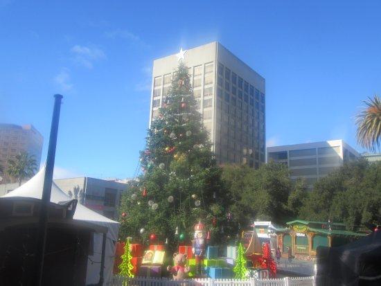 christmas in the park plaza de cesar chavez park san jose ca