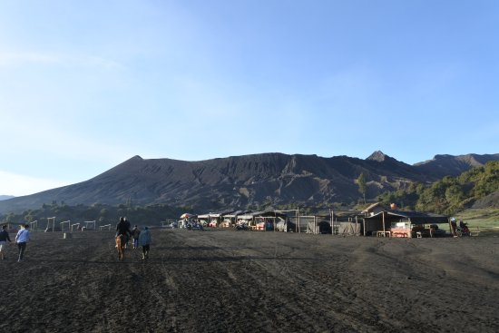 Tengger Caldera, Indonesien: suasana lautan pasir menuju kawah bromo