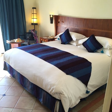 Le Medina Essaouira Hotel Thalassa Sea & Spa - MGallery by Sofitel-: Le confort des chambres et les petits salons autour de la piscine