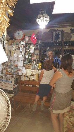 Sirince, Turquía: Kıvırcık Amca