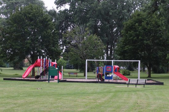 St. Catharines, Canada: A playground