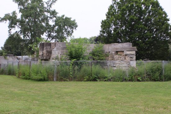 St. Catharines, Kanada: Remainders of the third Welland Canal