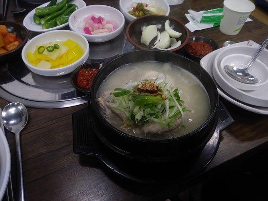 Jang Su Sam: Amazing samgyetang