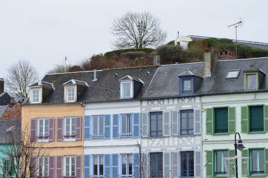 Facades De Saint Valery Sur Somme Picture Of Loft Chambres D