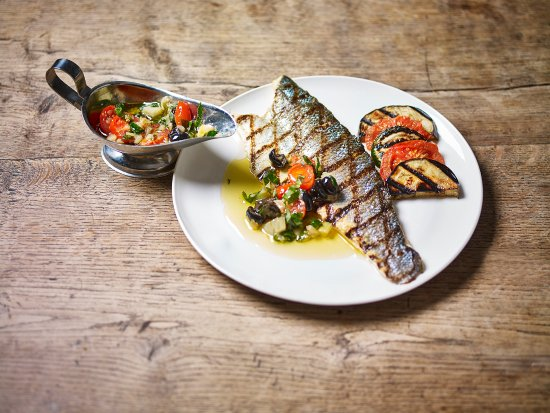 Thorpeness, UK: Grilled seabass served with sauce vierge