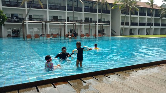 Jetwing Blue: Pool Area