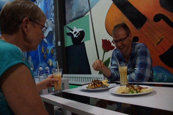 Bangko, Indonesia: Lekker eten en romige vruchten jus