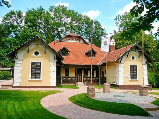 Balatonfoldvar Bed and Breakfasts