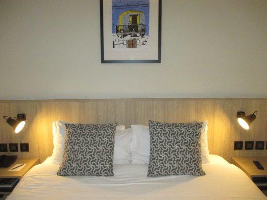 letto king size - Picture of La Falconeria, Valletta - TripAdvisor