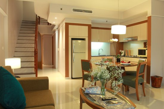 Novotel Surabaya Hotel And Suites Updated 2018 Reviews. Villa Pandu. The Avenue Regent Hotel. Emerald Isle By Oaseas Resorts. Grand Mercure Beijing Central. The Cliff Resort And Residences. Chateau Marlborough. Aqua Hotel. Nefeli Hotel