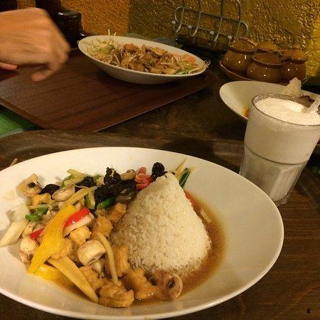 Pagode Thai Kitchen: photo0.jpg