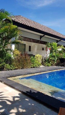 Gili Palms Resort: 20180105_095827_large.jpg