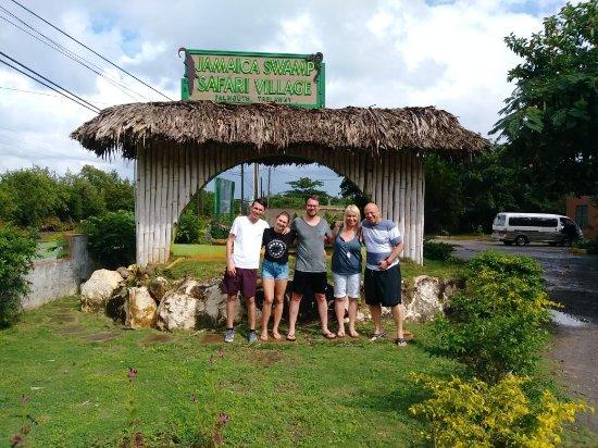 Island Lova Tours