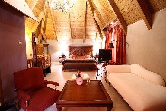 Hotel YOY Villa de Sallent, hoteles en Jaca