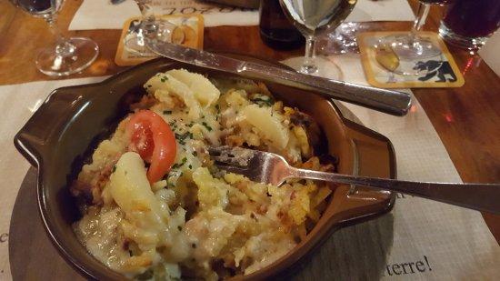 Le Mazot: Rösti de gorgonzola y peras