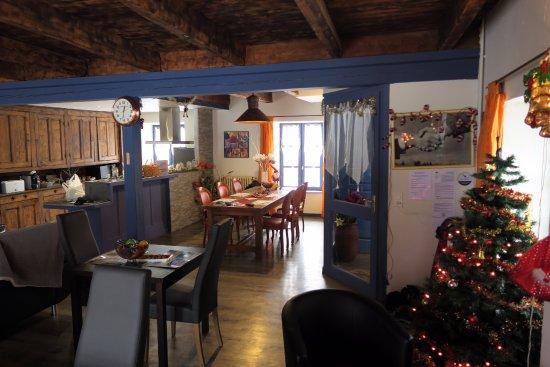 La Godivelle, فرنسا: Salle à manger/salon/cuisne