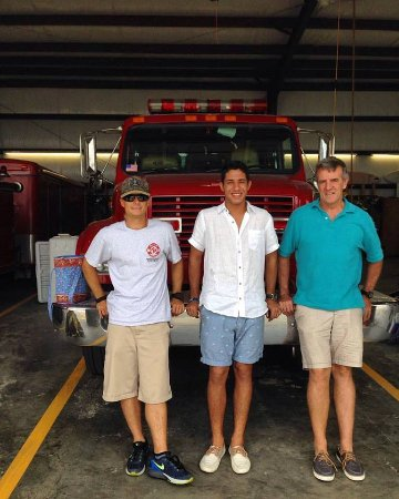 Rodanthe, NC: Cargo, Julian and Myself at the station