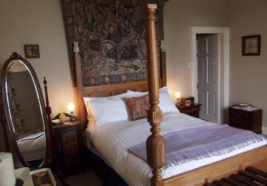 Auchencairn, UK: Room 2 - standard double 'tester' bed