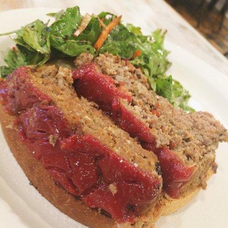 Water Valley, MS: Meatloaf Sandwich