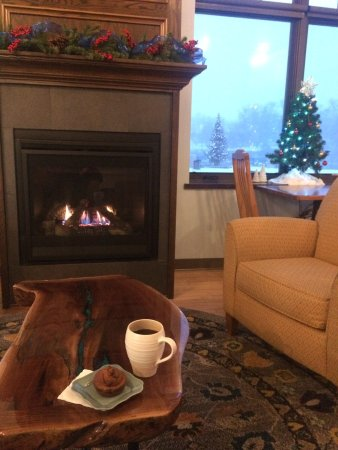 The River Coffee & Cream: Christmas snack by the fire. Wrightstown community tree seen out the window.