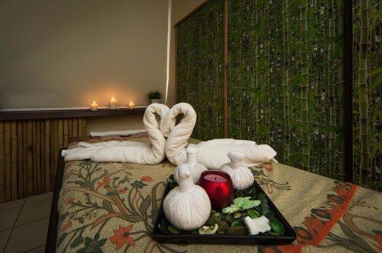 Isla Massage & Spa