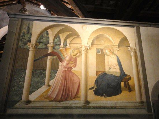 Museo di San Marco : L'ANNUNCIAZIONE DEL BEATO ANGELICO