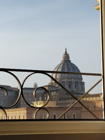 A View of Rome: IMG_20180104_085811_large.jpg