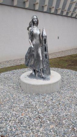 Leoben, النمسا: Statue