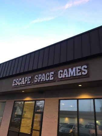 Escape Space Games