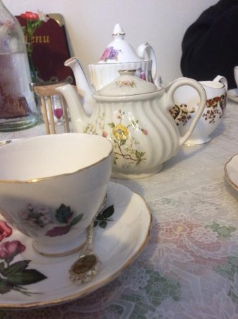 Radcliffe on Trent, UK: 40s tea