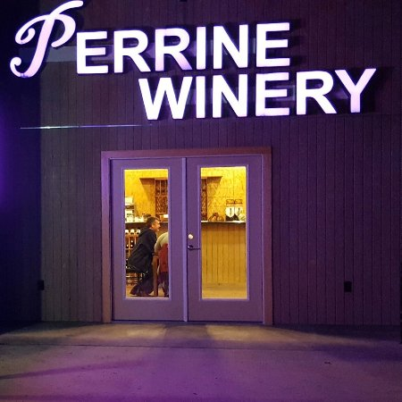 College Station, TX: Perrine Winery