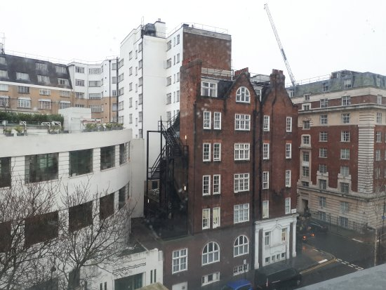 Holiday Inn London Bloomsbury: Uitzicht