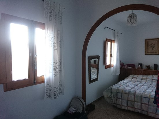 Cornudella de Montsant, Spanien: Una de las habitaciones del hotel rural La Masia del Montsant