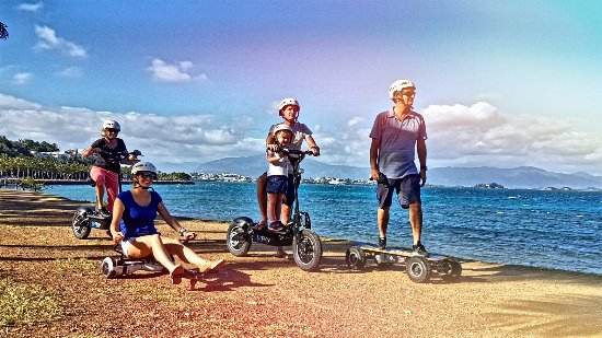 Noumea, Nueva Caledonia: electric scooter and skate