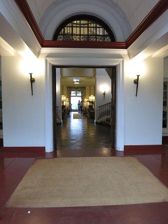 The Victoria Falls Hotel : hallway to room