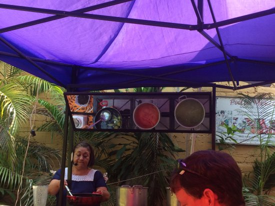Patio Mexica Cooking School : Monica wears a microphone which is very helpful.