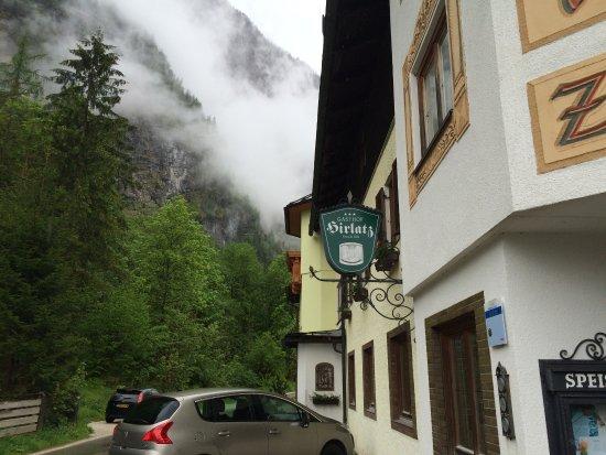 Gasthof Hirlatz: lateral do hotel