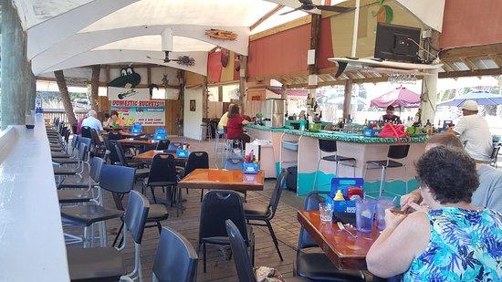 Hernando Beach, FL: Waterside bar.