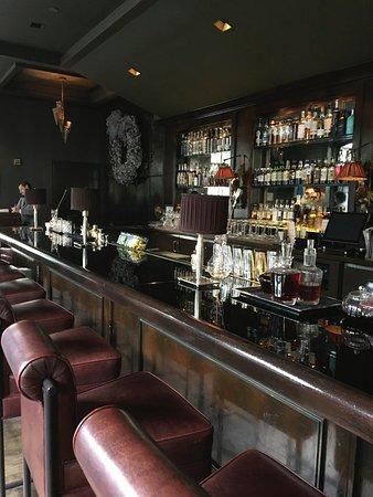 Spago Beverly Hills: bar