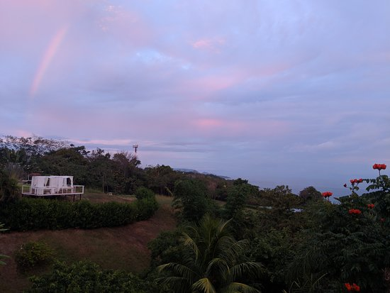 Hotel Casitas Sollevante: Rainbow over the grounds. (Apt. Arriba)