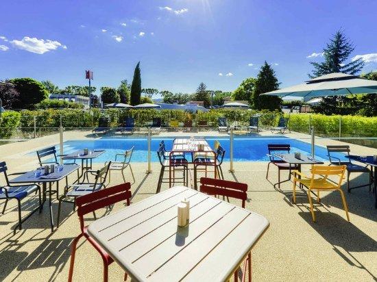 Hotel Ibis Le Coteau