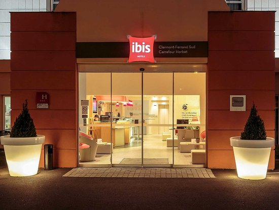 Ibis Clermont-Ferrand Sud Carrefour Herbet : Exterior