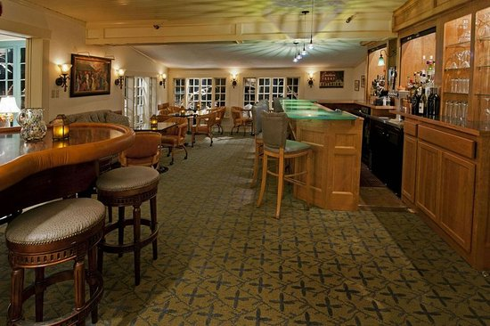 The Wentworth: Bar/Lounge
