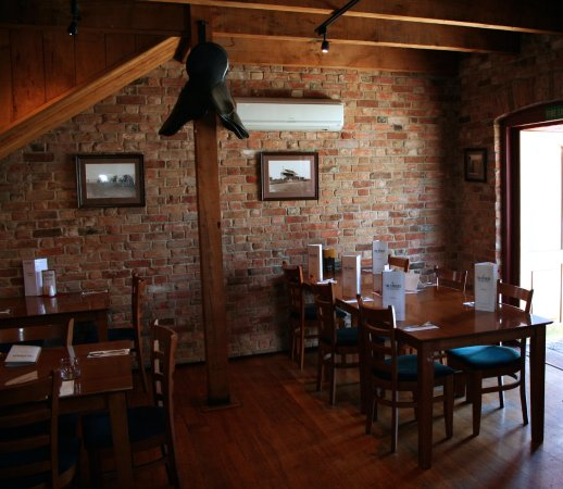 Richmond, New Zealand: downstairs dining area